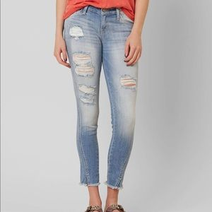 Kancan Low Rise Skinny Stretch Cropped Jeans